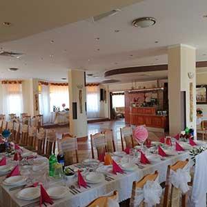Hotel Pasja sala 100